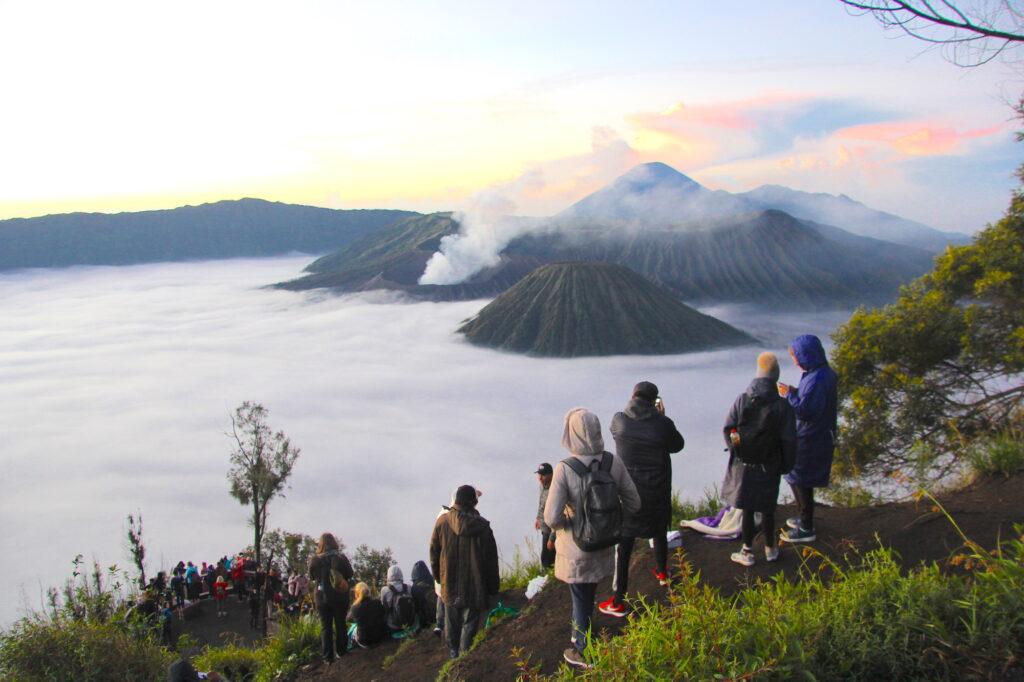 Бромо Вулкан Бромо Вулкан Бромо (Gunung Bromo) на Яве IMG 8631 1024x682