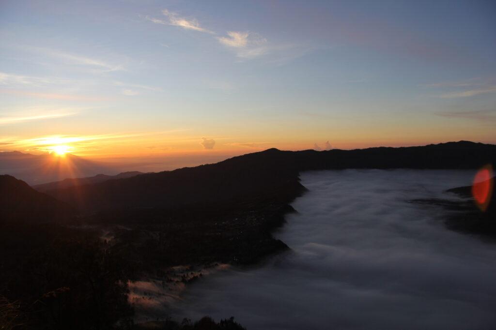Бромо Вулкан Бромо Вулкан Бромо (Gunung Bromo) на Яве IMG 8670 1024x682