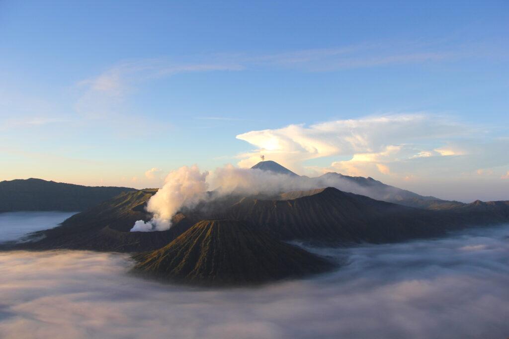Bromo Вулкан Бромо Вулкан Бромо (Gunung Bromo) на Яве IMG 8724 1024x682