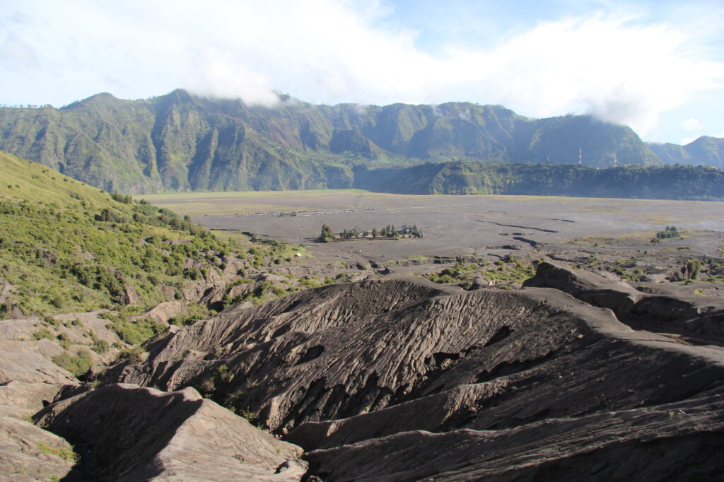 Бромо Вулкан Бромо Вулкан Бромо (Gunung Bromo) на Яве IMG 8786 1024x682