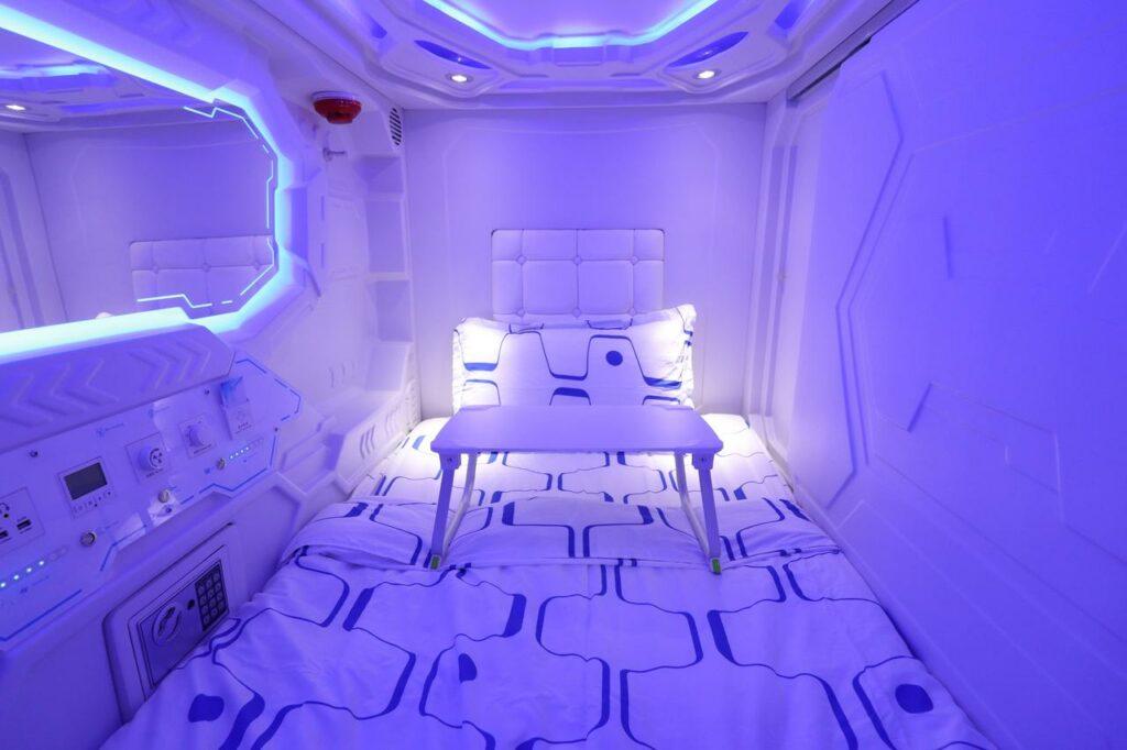 JC Space Capsule Hotel