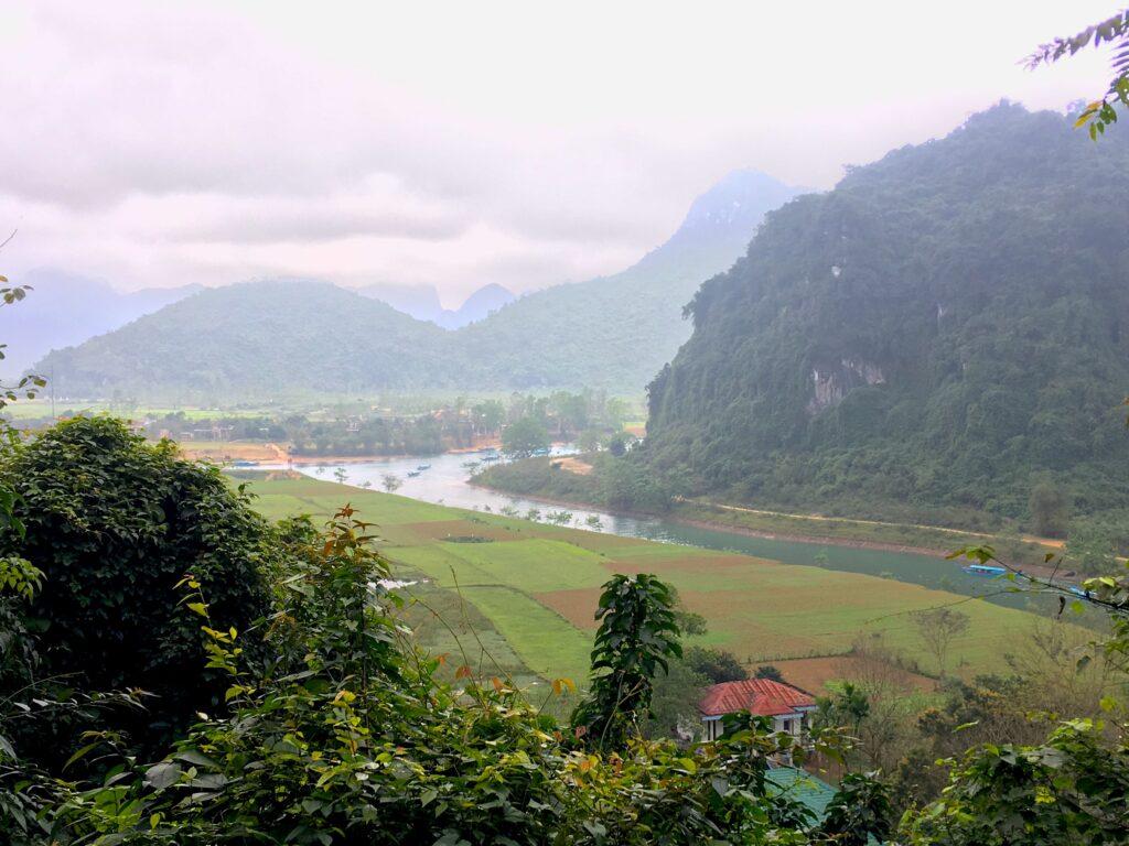 Виды на национальный парк Фонгня-Кебанг